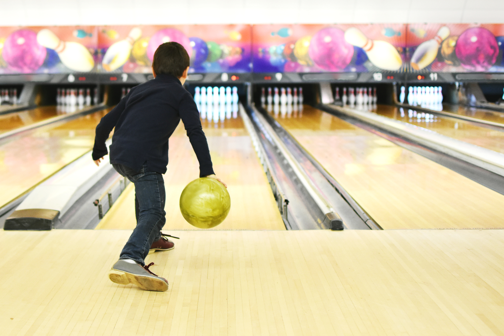 Kids Bowl FREE every day this summer!