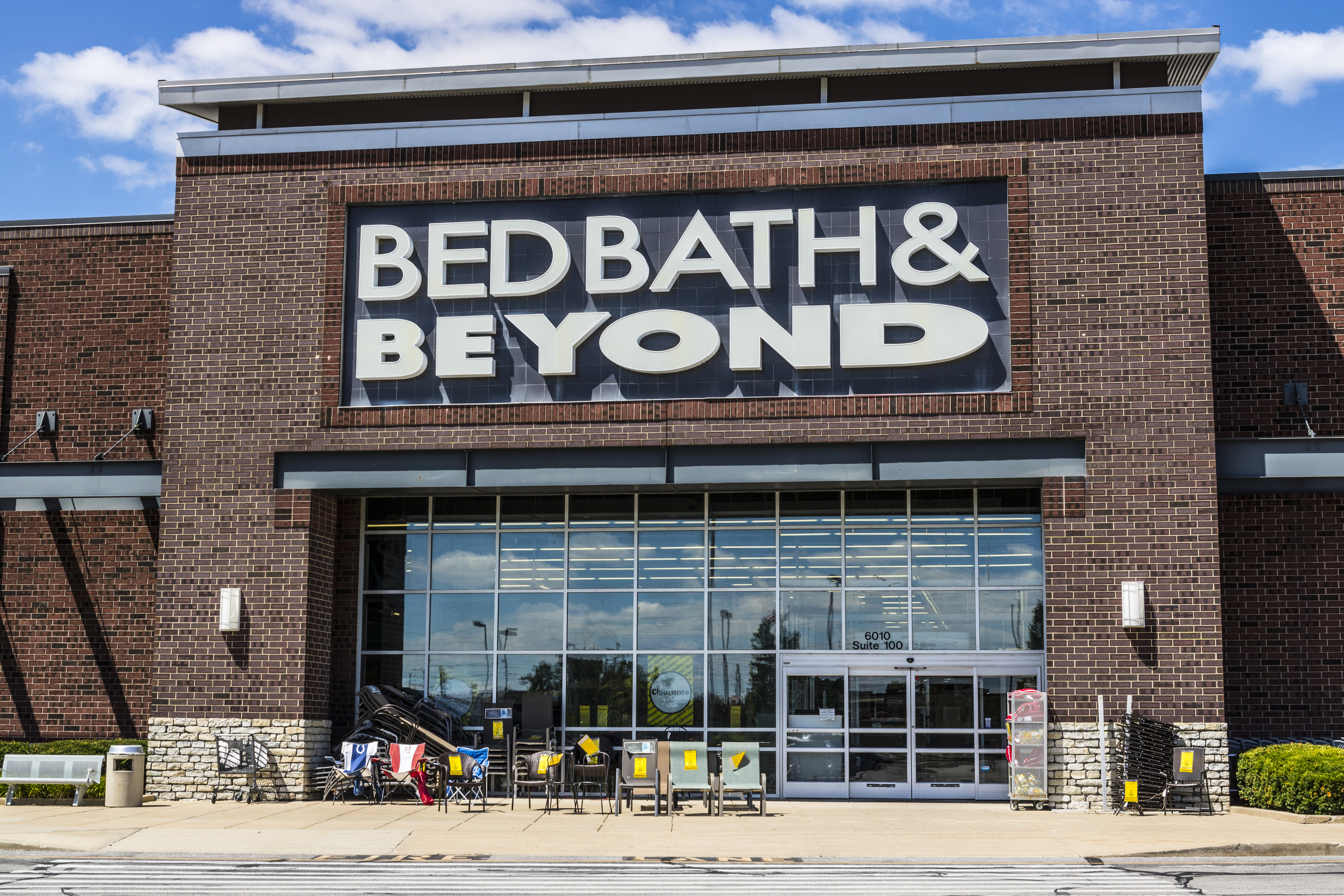 Bed Bath & Beyond: Clearance kitchen items from $3