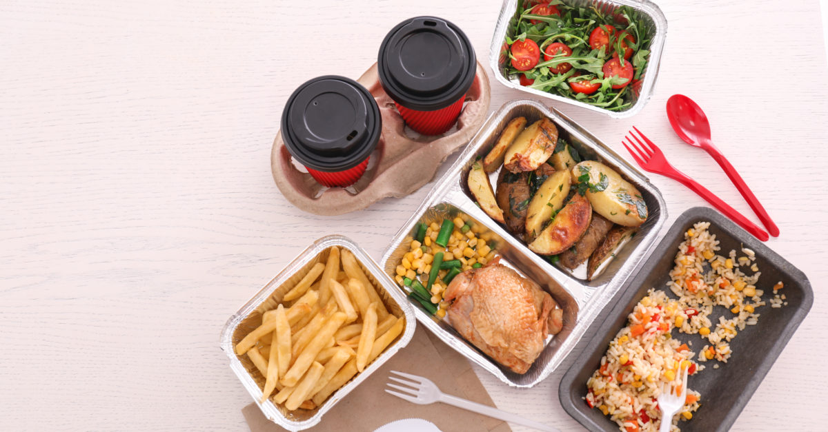 Free & cheap food delivery: 20 great deals on meals delivered to your door!