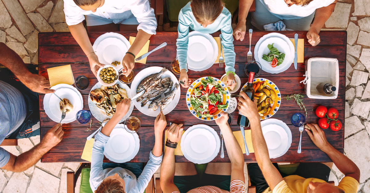 26 restaurants offering family meals for takeout or delivery